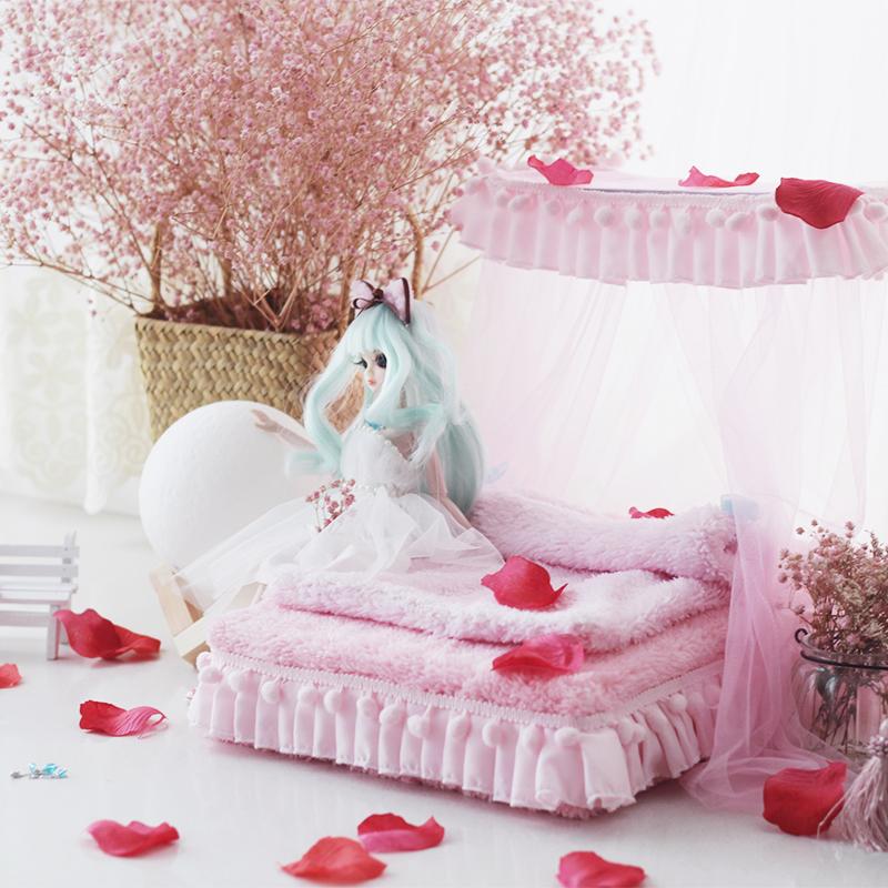 [해외]1/6 Dollhouse 가구 장난감 인형 핑크 소프트 침대 모델 세트 bjd 인형 모형 시뮬레이션 침대 척 장난감 장난감 여자 척/1/6 Dollhouse Furniture toy for dolls pink soft bed model sets bjd doll