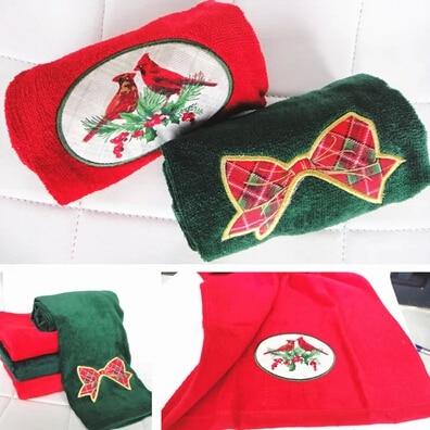 [해외]크리스마스 선물로 100 % 면화 수건 활과 붉은 새 스타일 그린 레드 웨딩 타월 베개/100% cotton towel bow and red bird style green red wedding towel pillow as Christmas gift