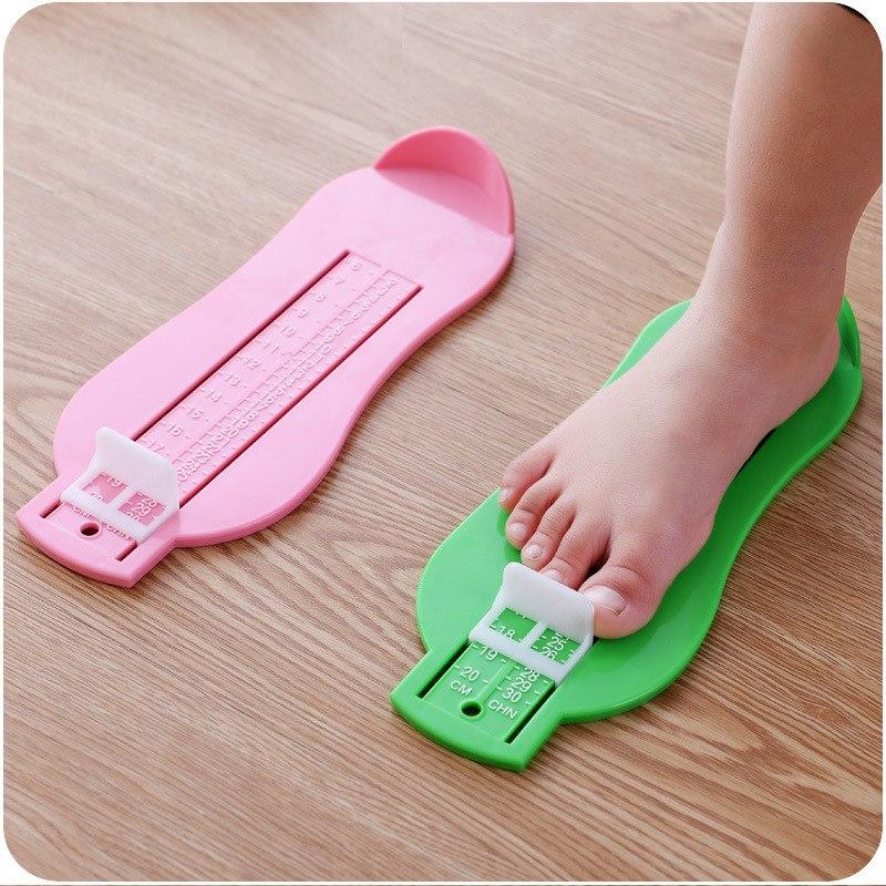 [해외]베이비 케어 키즈 발 측정 게이지 신발 크기 4 가지 색상 눈금자 도구 사용 가능 ABS 베이비 카 조절 범위 0-20cm 크기/Baby Care Kid Foot Measure Gauge Shoes Size 4 Colors Measuring Ruler Tool