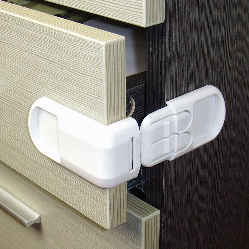 [해외]4pcs / lot 어린이 아기 안전 프로텍터 자물쇠 캐비닛 자물쇠 및 스트랩 베이비 안전 잠금 모서리 가장자리 어린이 보호 냉장고 자물쇠/4pcs/lot Child Baby Safety Protector Lock Cabinet Locks&straps B