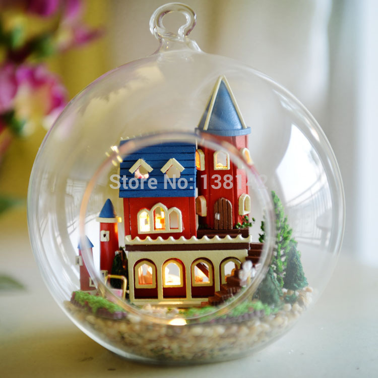 [해외]B005 DIY 유리 볼 인형 집 소형 인형 집 나무 장난감 모델 빌딩 키트 Alice Dream Castle/B005 DIY Glass Ball doll house Miniature Dollhouse wooden Toy Model Building Kits  A