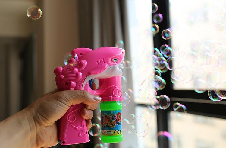 [해외]8888 Gawlt 181674 돌고래 모델 아이 뮤직 라이트 버블 아이 총 크리스마스 선물 11cm/8888 Gawlt 181674 Dolphin Model Bubble gun for kid music light Bubble kid gun Christmas g