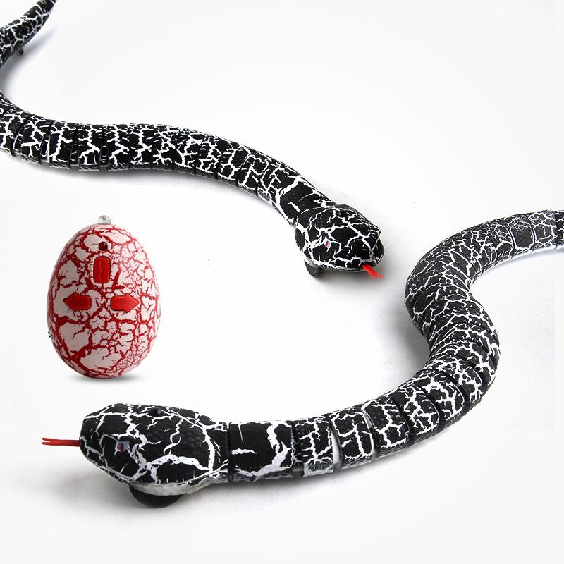 [해외]새로운 방울뱀 4 가지 스타일 적외선 원격 제어 이상한 연동 시뮬레이션 43cm 장난감 산책 뱀 성장/New Rattlesnake 4 styles electric remote control infrared strange peristaltic simulation