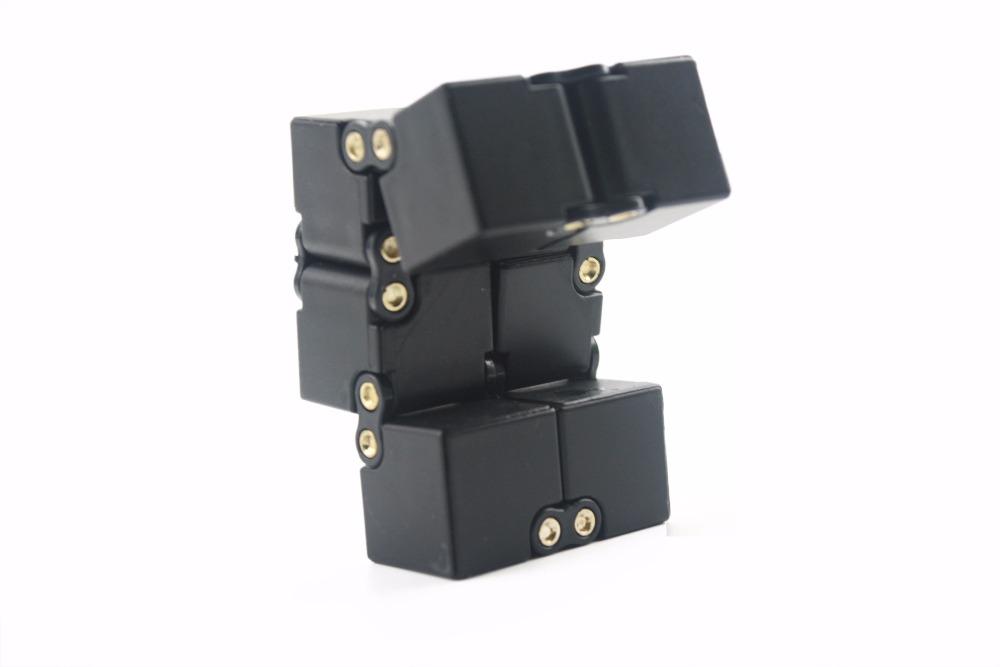 [해외]스트레스 EDC 큐브 4x4 블록은 기분을 편안하게합니다 교육용 및 최고의 선물 핑거 형 마술 큐브 어린이 및 어른 용 완구/Stress EDC Cube 4x4 Blocks  Relax Mood Educational And Best Gift Finger Fidg