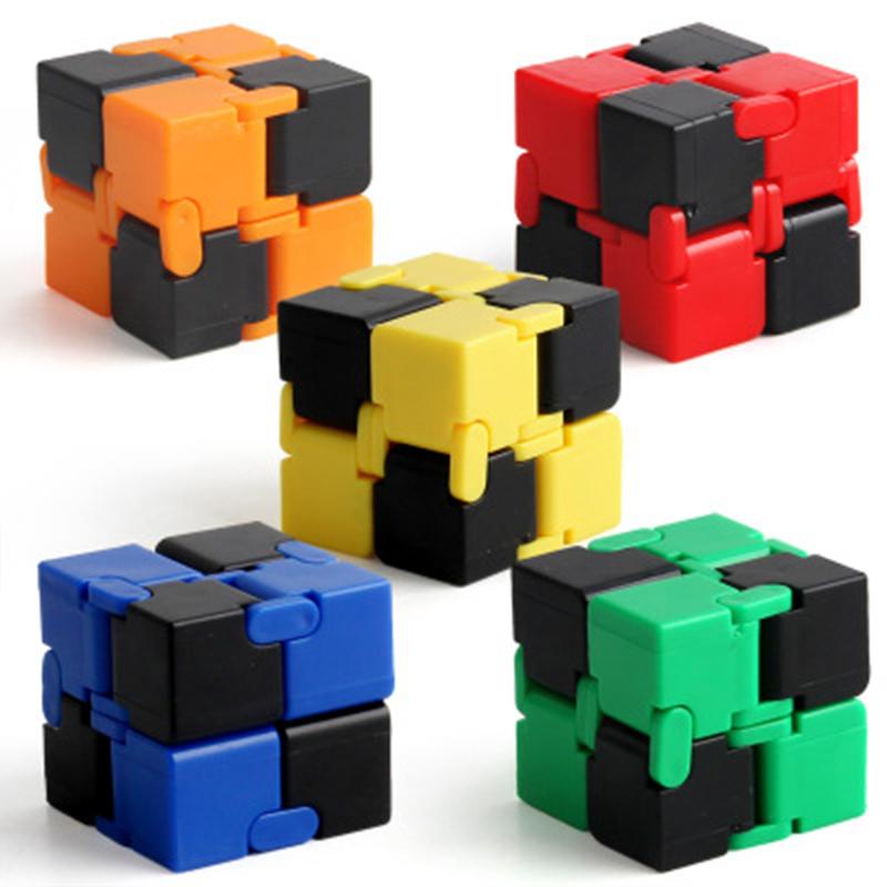 [해외]창조적 인 마술 장난감 무제한 마술 큐브 감압 & amp; 손 두뇌 코디네이션 강화를폴딩 마술 큐브 장난감은 선물 용품입니다 ??장난감/Creative Magic Toy Unlimited Magic Cube Decompression & Foldin