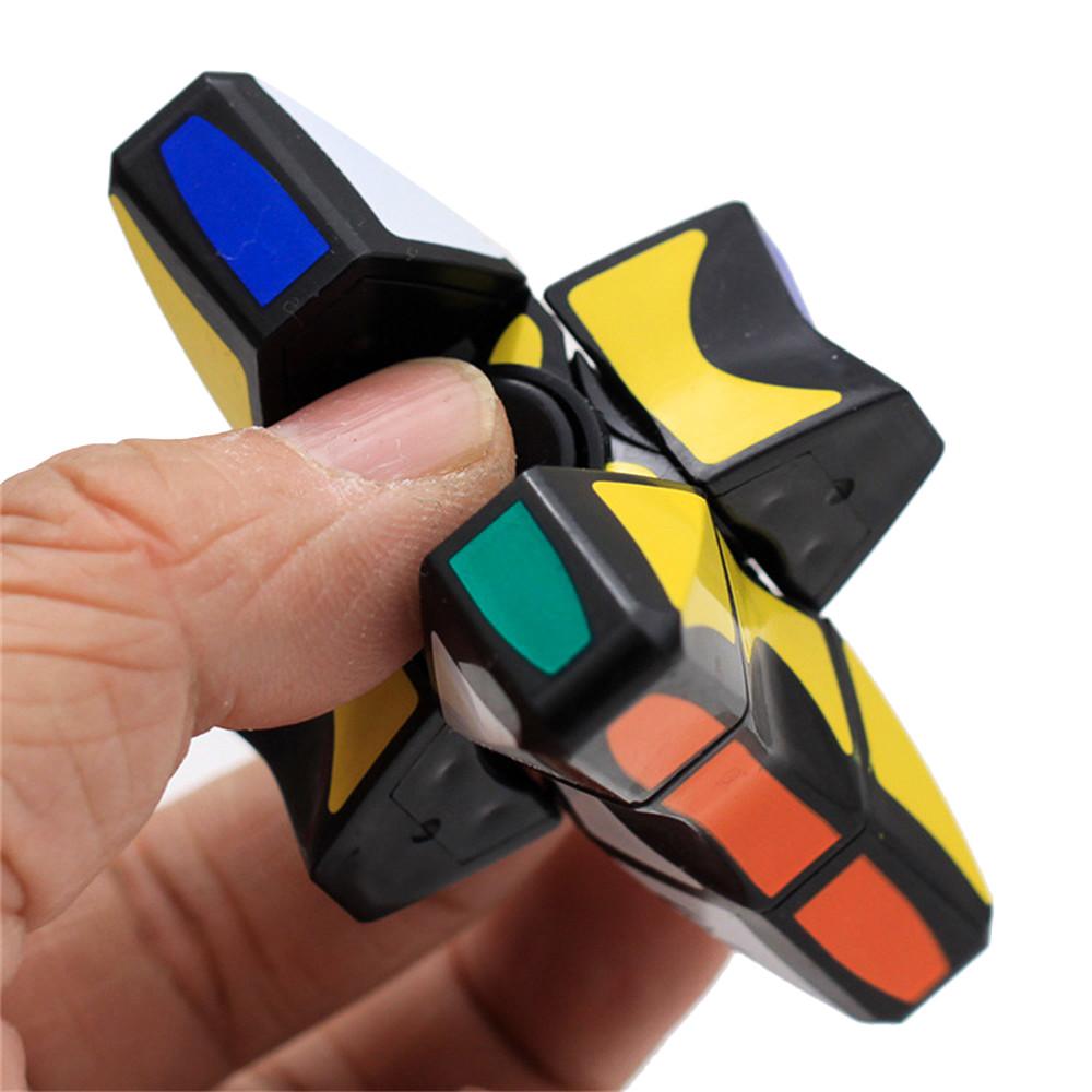 [해외]2018 높은 품질 부드럽고 속도 1x3x3 Rubiks 큐브 퍼즐 스피너 포커스 EDC 장난감 어린이를장난감을 릴리프/2018 New Arrival High Qualitity Smooth And Speed 1x3x3 Rubiks Cube Puzzle Spinn