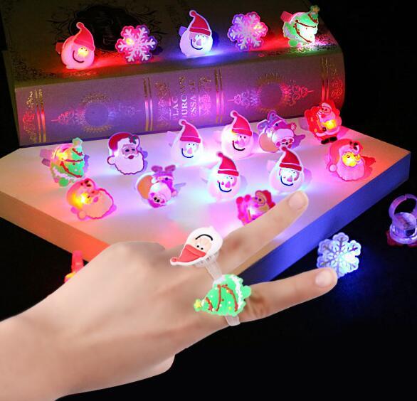 [해외]새로운 다채로운 빛나는 산타 LED 링 크리스마스 자녀 훈장 선물 핫 세일 플래시 반지 YH1134/New Colorful Luminous Santa LED Ring Christmas Child Decorations Gift Hot Selling Flash Ri