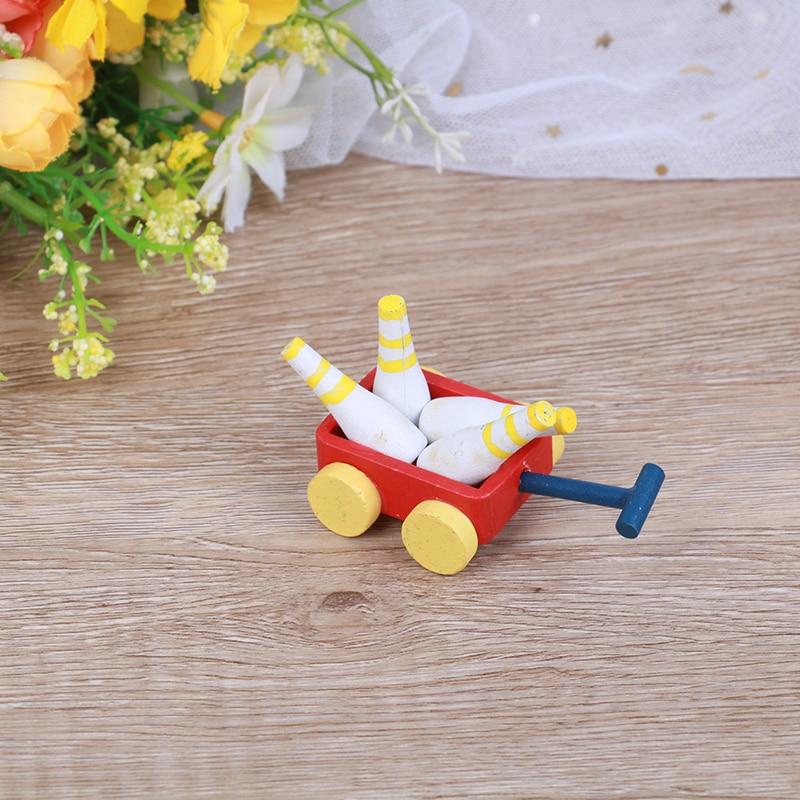 [해외]1pc 1:12 Dollhouse 나무 볼링 트롤리 미니어처 모델 야외 장난감 액세서리